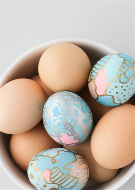 easter egg spiration  creative crafty easter eggs