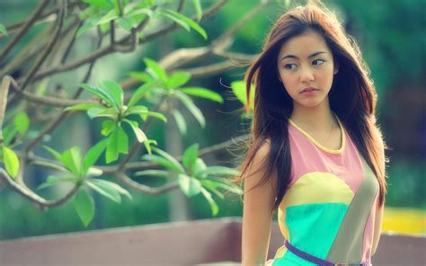 beautiful girl in garden new hd wallpapernew hd wallpaper