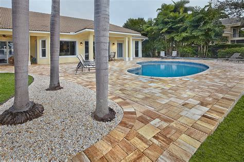 Patio Pavers Stuart Fl Apex Pavers Pools Residential And Commercial Pools In