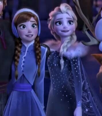 anna elsa film turkce elsa and anna from the new movie olaf s frozen adventure