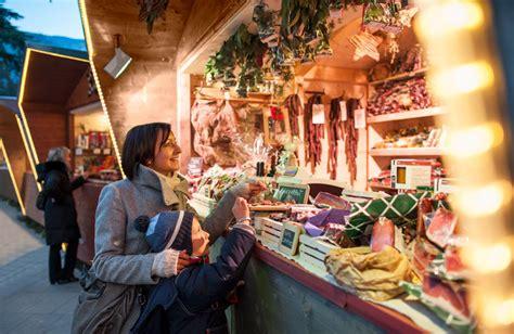 banchetti di natale bolzano merano market in south tyrol italy 2017 2018