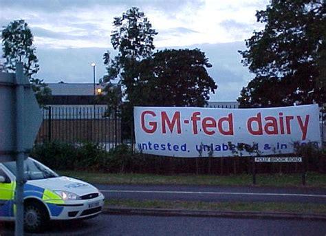 bristol blockade  sainsburys depot gm  farming