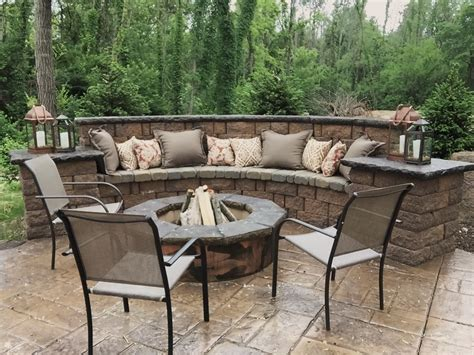 Seating Wall Fire Pit And Sted Concrete Patio Outdoor Outdoor Patio Designs With Pit