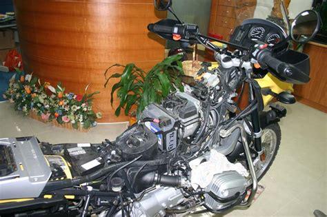 Motorrad Uhr Batterie Wechseln by Batteria Bmw Gs 1200 Idea Di Immagine Auto