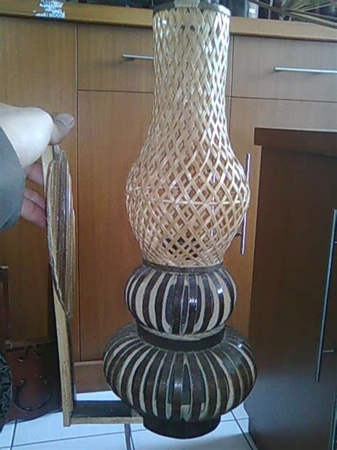 Piring Saji Anyaman Lidi Rotan Vernish nazeem bisnis karya dan kerajinanku bamboo craft kerajinan bambu bamboo chair kursi