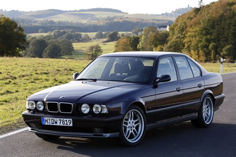 Series A 518 I bmw 5 series 518i 1996 auto images and specification