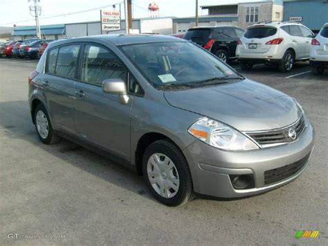 grey nissan versa magnetic gray metallic 2011 nissan versa 1 8 s hatchback