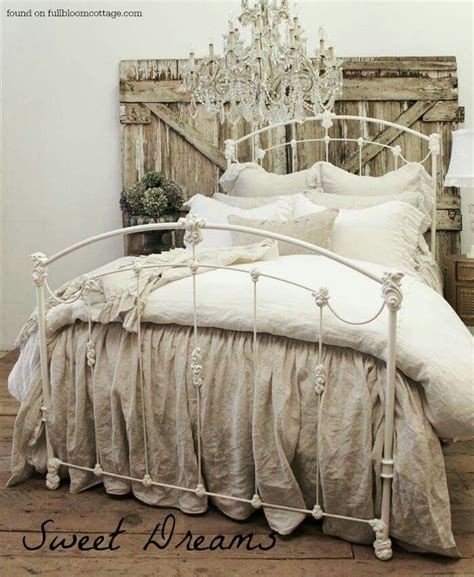 rustic chic bedding 25 best ideas about rustic country bedrooms on pinterest