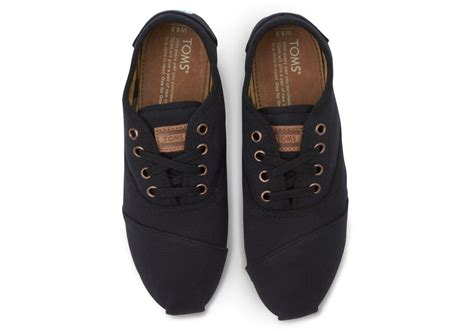 do toms shoes run true to size toms black canvas s cordones in black lyst