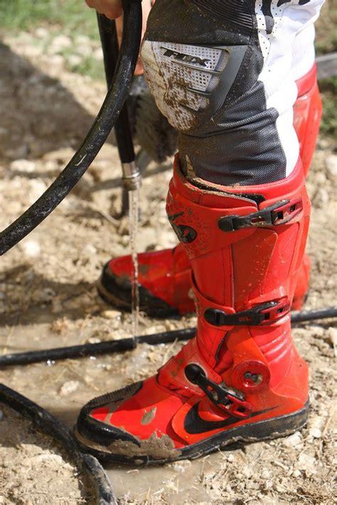 nike motocross red nike motocross boots kicks pinterest