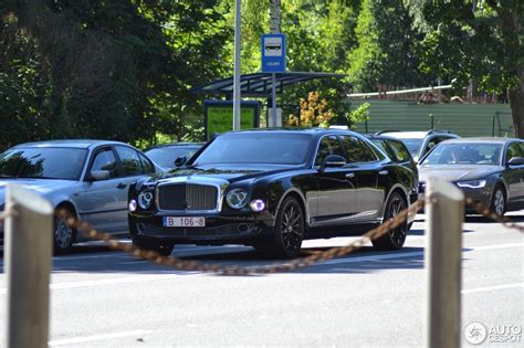 bentley mulsanne speed blue bentley mulsanne speed blue train edition 8 august 2017