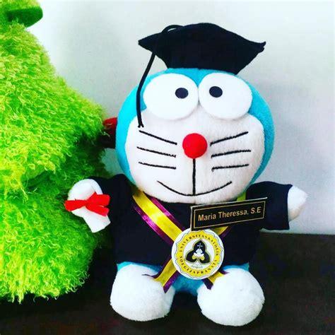 Boneka Doraemon Wisuda boneka wisuda doraemon unika kado wisudaku