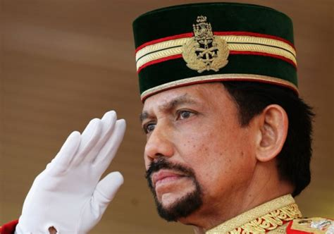 sultan hassanal bolkiah wives the world s richest royals