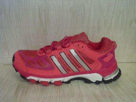 Grosir Sepatu Geox 01 toko sepatu murah pusat sepatu grosir sepatu terbaru