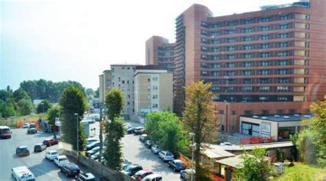 ospedale policlinico san matteo pavia ladri in ospedale al san matteo di pavia furto da mezzo