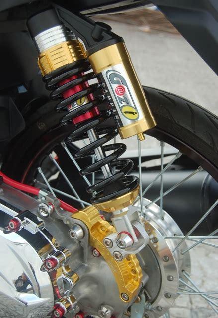 Pemundur Shock Belakang Cnc Matic Yamaha Honda sok belakang adopsi model tabung adjustable gilamotor