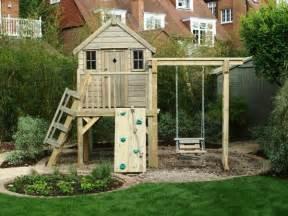 la cabane de jardin pour enfant est une id 233 e superbe pour