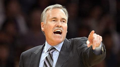 lakers couch los angeles lakers coach mike d antoni quits after
