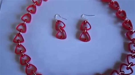 Handmade Paper Jewellery Tutorial - handmade jewelry paper quilling triangle jewelry set
