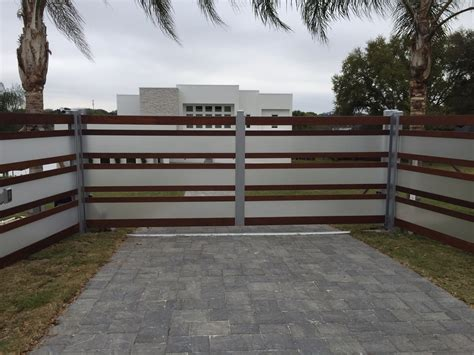 modern driveway gates modern driveway gate www imgkid the image kid has it