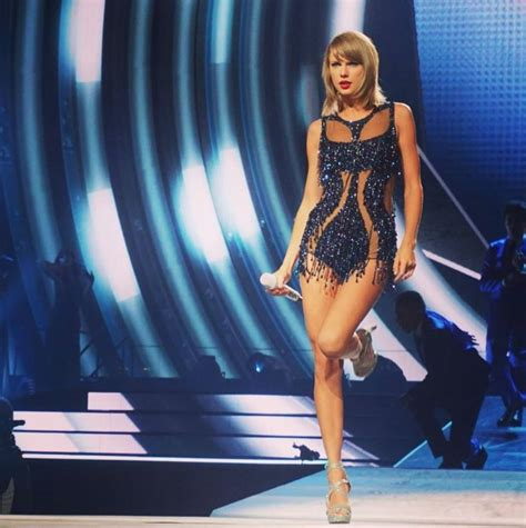 taylor swift tour net worth taylor swift net worth money nation