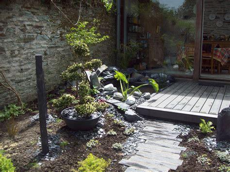 jardin zen jardin zen terrasse bois bassin plantation