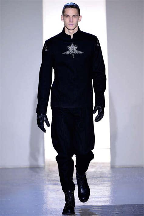Inspires Mens Fall Fashion by Futuristic Menswear Mugler 2013 F W