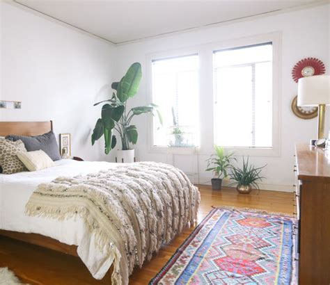 bedroom runner rug a spanish style home in san francisco that balances