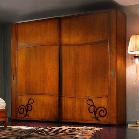 armadio ante scorrevoli legno armadio due ante scorrevoli legno