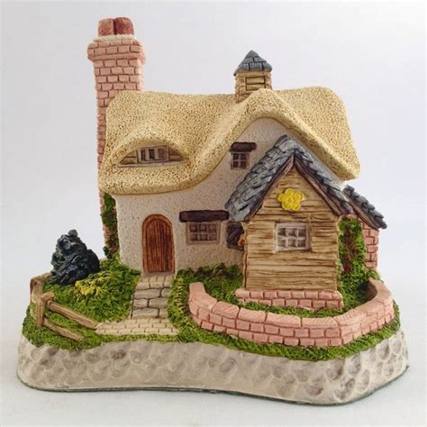 David Winter Cottages Collectors Guild by 20 Best Images About David Winter On