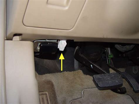 transmission control 2013 nissan altima on board diagnostic system nissan altima obdii data link connector location nissanhelp com