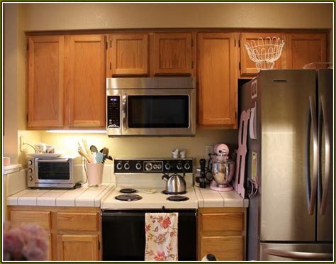 changing kitchen cabinet doors ideas changing kitchen cabinet doors ideas 28 images