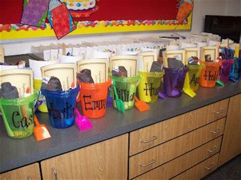 kindergarten themes for the school year 144 best images about end of year kindergarten on