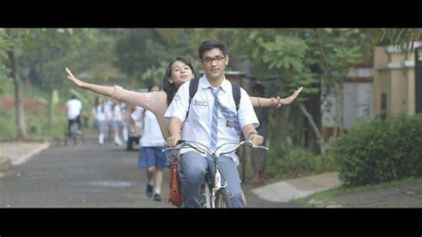 film indonesia refrain download foto adegan film refrain kapanlagi com