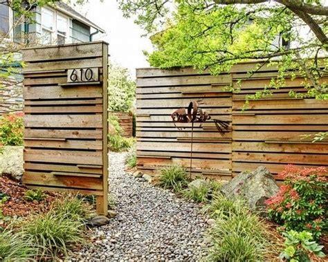 rustikaler holzzaun nowoczesne ogrodzenie domu 50 inspiracji na nowoczesne