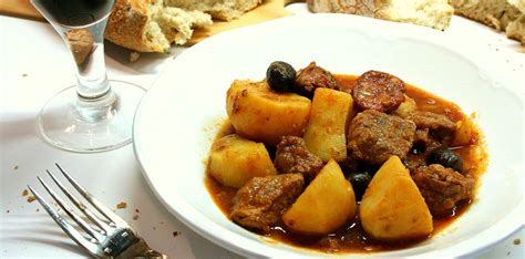 cuisine au porto saut 233 de veau au chorizo et au porto dans la cuisine d