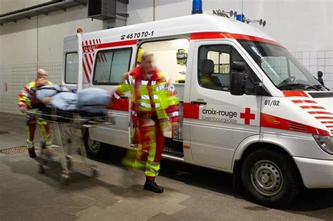 Lu Ambulance nos prestations croix luxembourgeoise