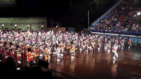 edinburgh tattoo 2010 youtube massed pipes drums march on the royal edinburgh