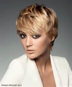 coupe de cheveux femme 50 ans 2015