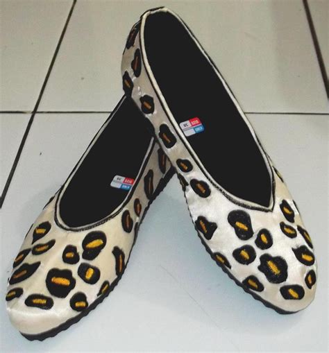 Sepatu Bordir Dewasa sepatu bordir model macan tutul