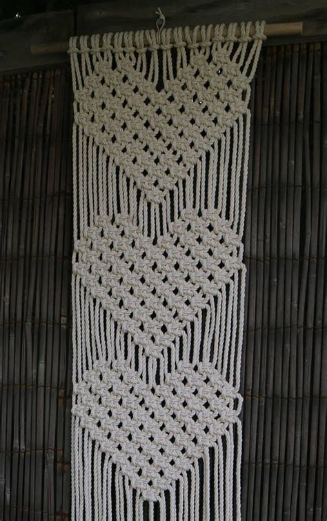 triangle macrame pattern best 25 macrame wall hanging patterns ideas on pinterest