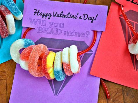 craft necklace valentines hgtv