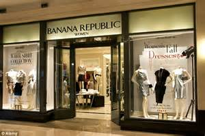 Banana Republic Gift Card Uk - man arrested in texas accused of using cloned aussie credit cards daily mail online