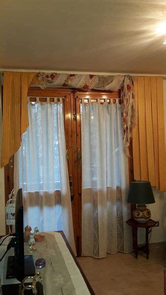 bacchette per tende a vetro tende a vetro su bacchette drappo e calate arricciate su