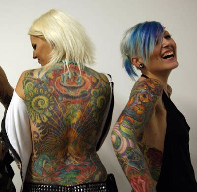 tattoo expo upstate ny diverting the pain of being tattooed tattoo expo my