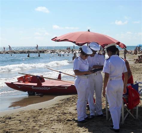 capitaneria di porto di anzio guardia costiera week end di controlli lungo le spiagge