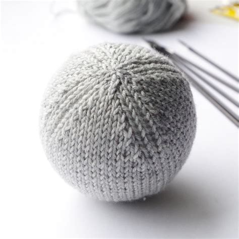 pattern christmas ball knitting pattern for basic christmas ball ornament