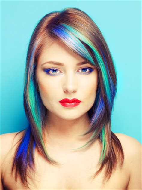 haircut with dye highlights lowlights hair color hairstyles for medium