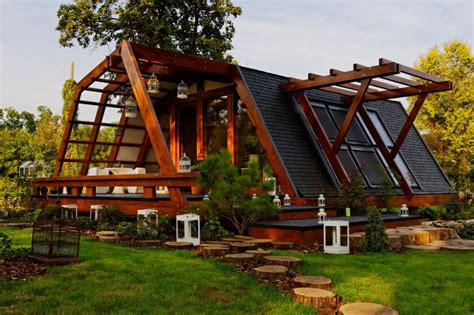 Sustainable Homes | cool design for a self sustainable home soleta