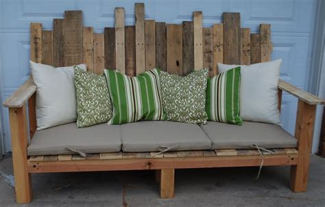 outdoor sofa made from pallet wood hometalk